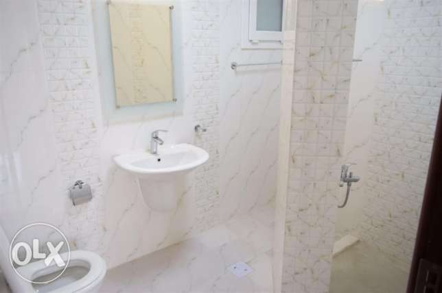 3bhk unfurnished appartment available for bachelors in al wakra