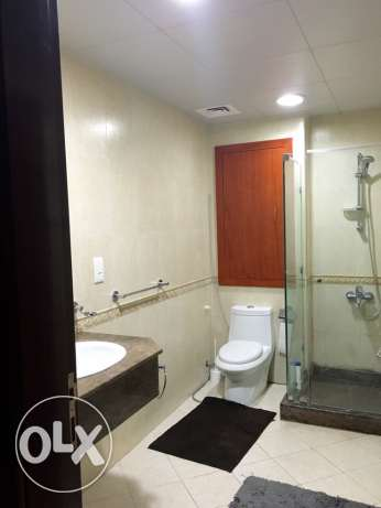 Spacious Studio with balcony furnished! Pearl الؤلؤة -قطر -  6
