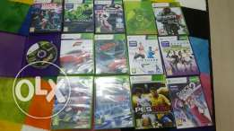 Xbox 360 with 2 controllers, kinect sensor and 14 games