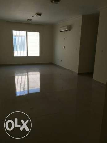 UNFURNISHED 3bedroom apartment
