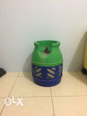Gas cylinder small