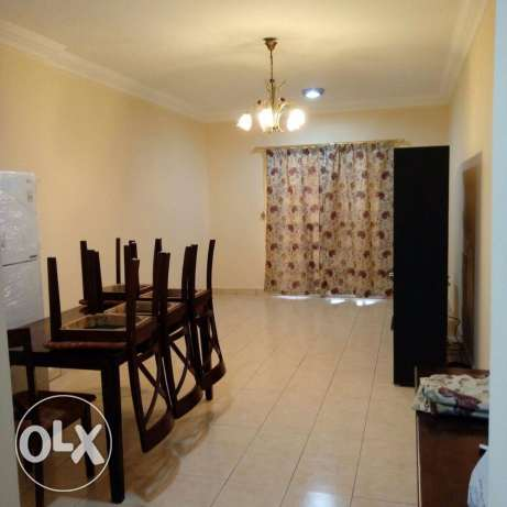 Unfurnished 3-Bedrooms Apartment in Najma For 8000