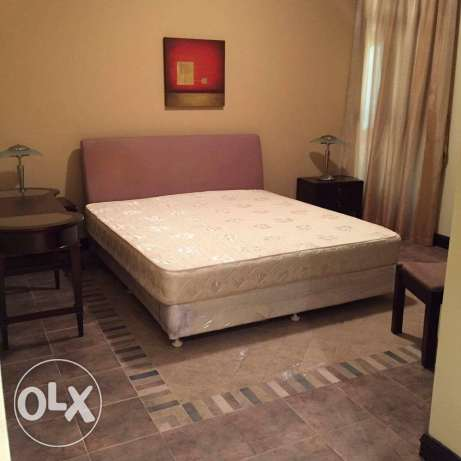 Unfurnished HUGE 3-BR Flat in AL Nasr النصر -  6