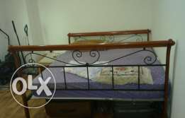 King size Bed for sale at 150 QR
