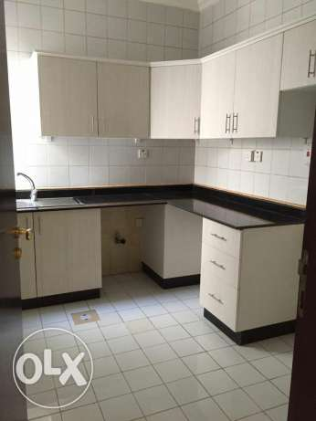 UNFURNISHED 3bedroom flat