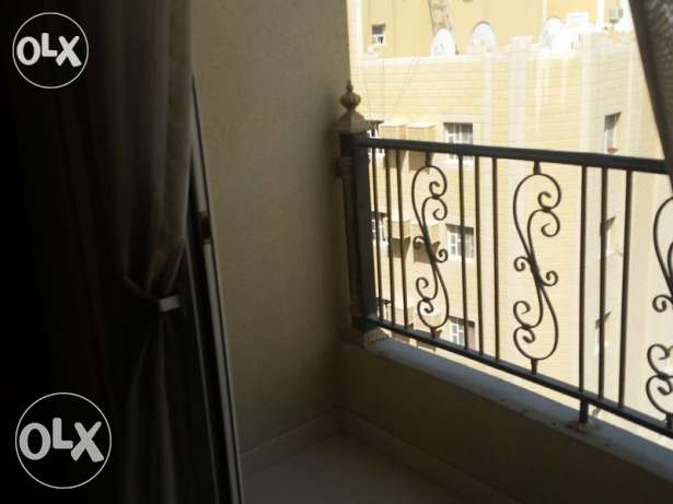 Unfurnished 2-Bhk Flat in Bin Mahmoud-Gym-Balcony فريج بن محمود -  3