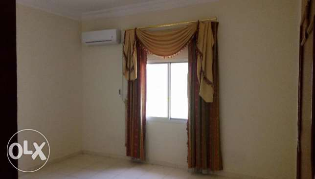 Beautiful Big size 2BHK Flat Rent Oldairport
