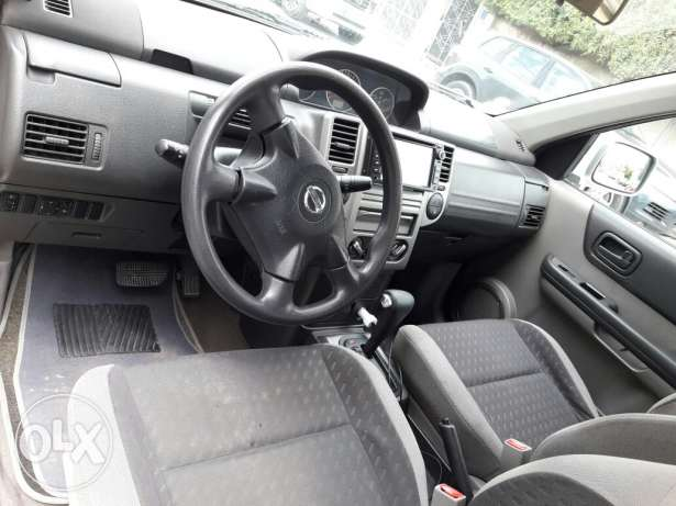 Nissan xtrail good condition new istimara