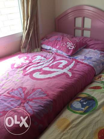 Original solid wood / Nice pinky bed for girls
