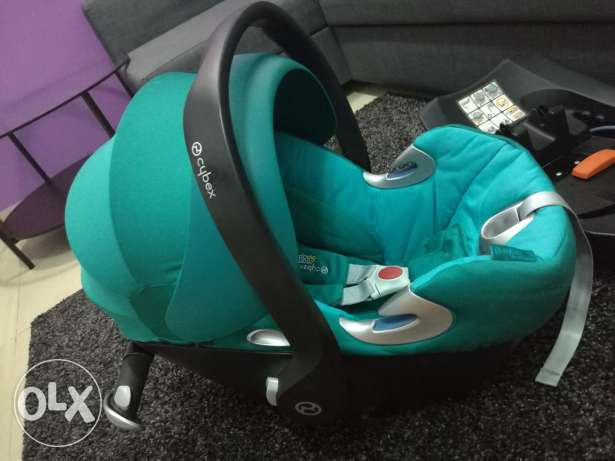 mamas & papas car seat rarely used same like new plus base can match with all mamas & papas car seat