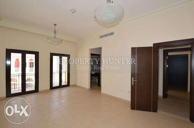 For sale 3 bed duplex in Qanat Quartier الؤلؤة -قطر -  7