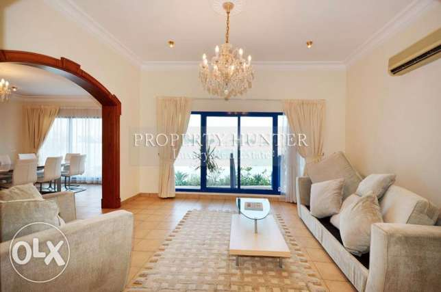 Elegantly Furnished 5 Bed Villa with Beach Access