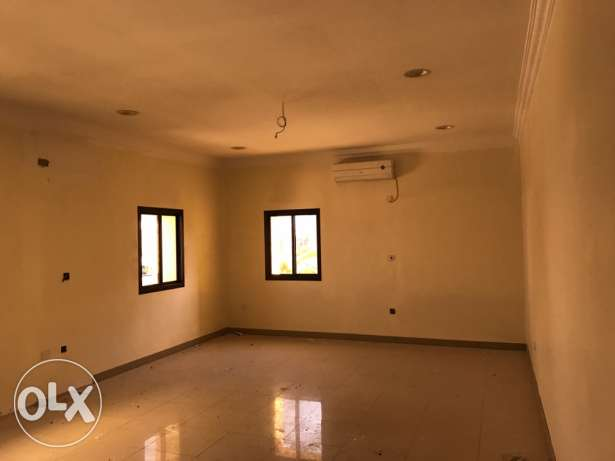 Big Villa for rent in Al Dafna