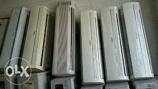 Lot of split and window type A/C selling and buying