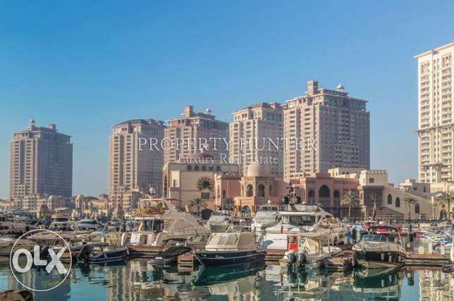 Two Bed Apartment with relaxing marina views