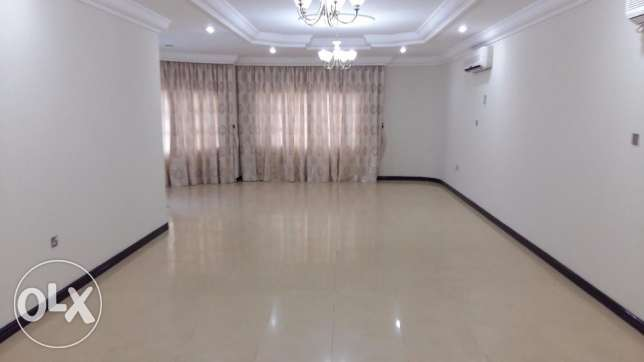 Standalone Villa Abuhamour with pool Competitive Rent 18000 أبو هامور -  2