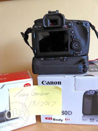Canon EOS 80D 24.2MP Digital SLR Camera for sale