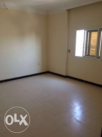 Very big Luxury flat 3BR 7,500QR and 2BR 6,500 al mansoura area good المنصورة -  6