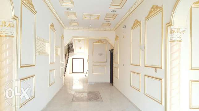Luxurious 6 bedroom brand new Villa for sale عين خالد -  5