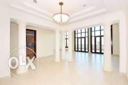 Triplex Townhouse with marina views 4 Bedrooms
