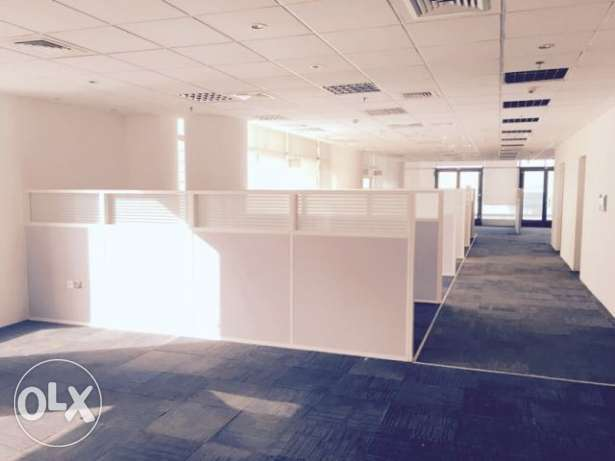 Fully-Furnished, Office Available in West bay الخليج الغربي -  2