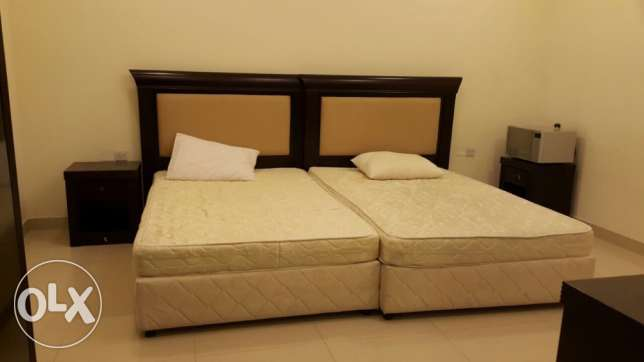 Executive studio semi furnished duheil near tawar mall
