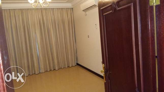 Standalone Villa Abuhamour with pool Competitive Rent 17000 أبو هامور -  4