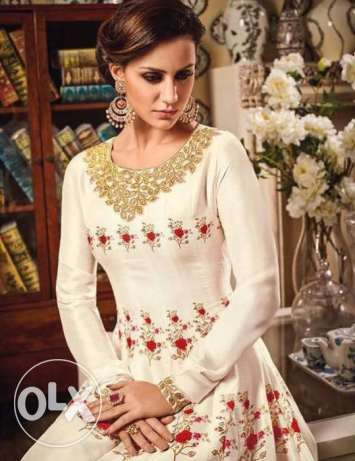 Vipul-Dcat-1000-Wholesale-Designer-Indian-Gowns-Catalog
