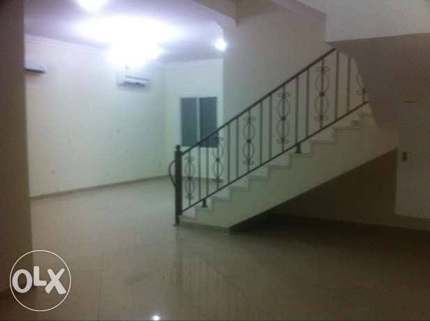 Villa 4 BR near AL Gharrafa Sports Club