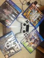 Ps4 white color 500gb for sale