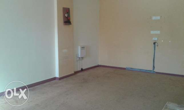 Spacious flat is for rent at najma