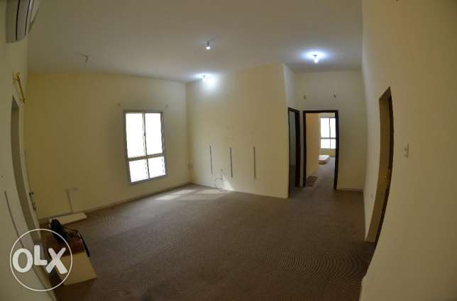 Unfurnished 2- Bedroom Villa Apartment : Al Hilal