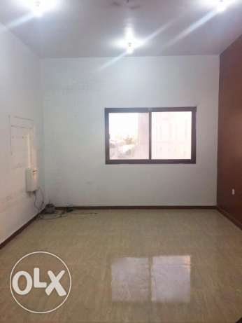 Un/Furnished, 2-Bedroom Flat At -Old Airport-